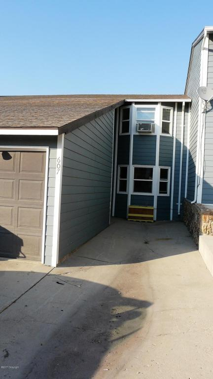 607 Overdale Dr -, Gillette, WY 82718 (MLS #17-1252) :: Team Properties