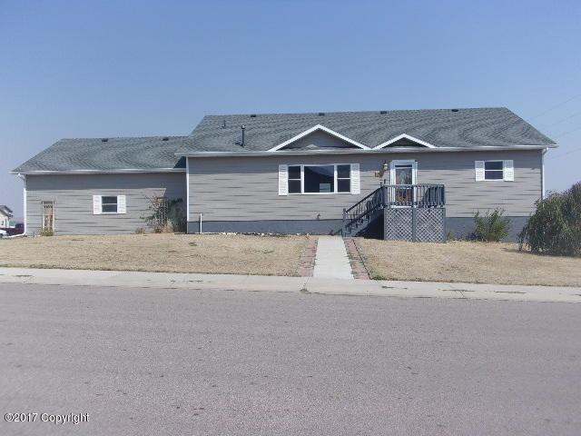 203 Concho St -, Gillette, WY 82718 (MLS #17-1257) :: Team Properties