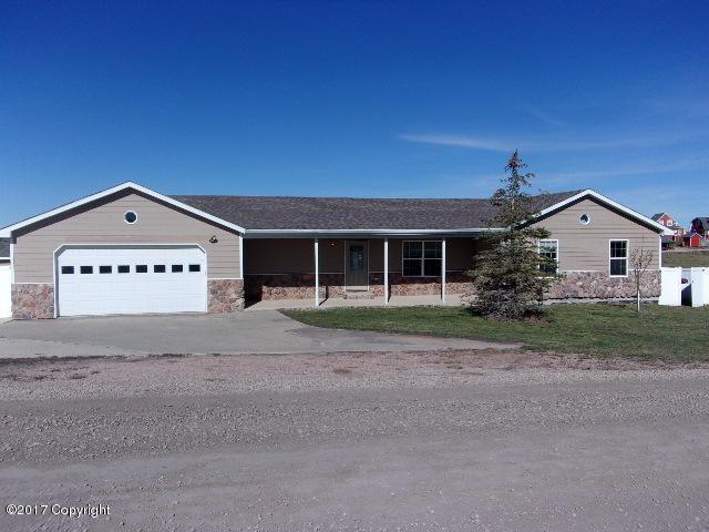 9 Pendleton Dr -, Pine Haven, WY 82721 (MLS #17-1516) :: 411 Properties