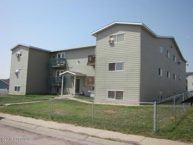 1106 Church Ave, Gillette, WY 82716 (MLS #18-1309) :: Team Properties
