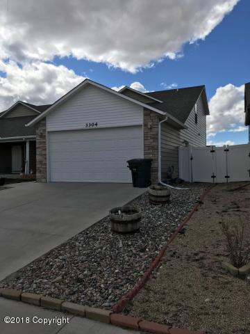 3304 Hoback Ave -, Gillette, WY 82718 (MLS #18-1578) :: Team Properties