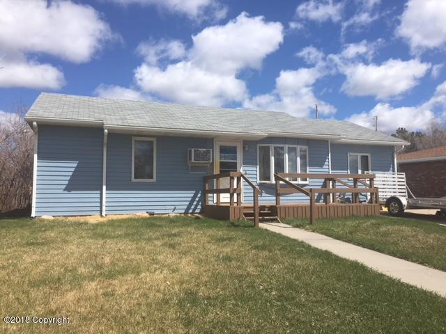 121 Butte Drive -, Newcastle, WY 82701 (MLS #18-546) :: Team Properties
