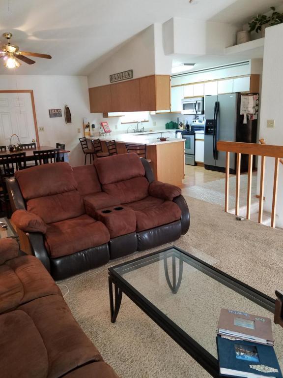 7001 Greensburgh -, Gillette, WY 82718 (MLS #18-73) :: Team Properties