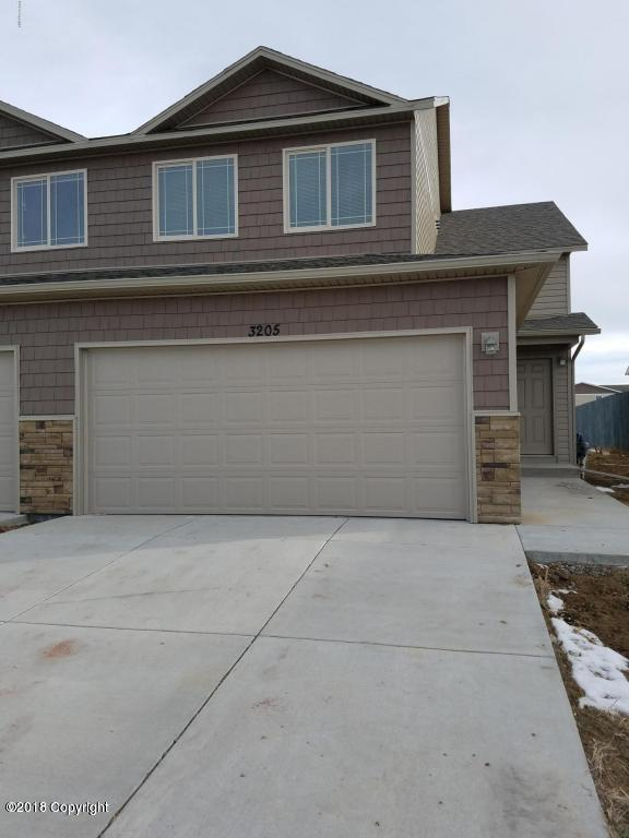 3217 Bantam Ave -, Gillette, WY 82718 (MLS #18-734) :: 411 Properties