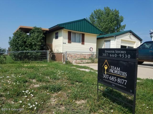 400 Park St W, Moorcroft, WY 82729 (MLS #18-947) :: 411 Properties