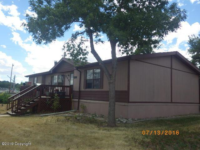 502 1/2 E Lincoln St -, Gillette, WY 82716 (MLS #19-1084) :: Team Properties