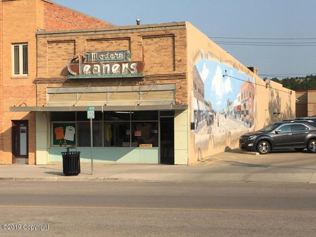 107 W Main St -, Newcastle, WY 82701 (MLS #19-1107) :: Team Properties