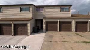 1007 Santee Dr -, Gillette, WY 82716 (MLS #19-1554) :: The Wernsmann Team | BHHS Preferred Real Estate Group