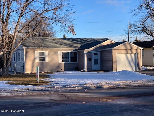 414 N Brooks Ave N, Gillette, WY 82716 (MLS #19-32) :: 411 Properties