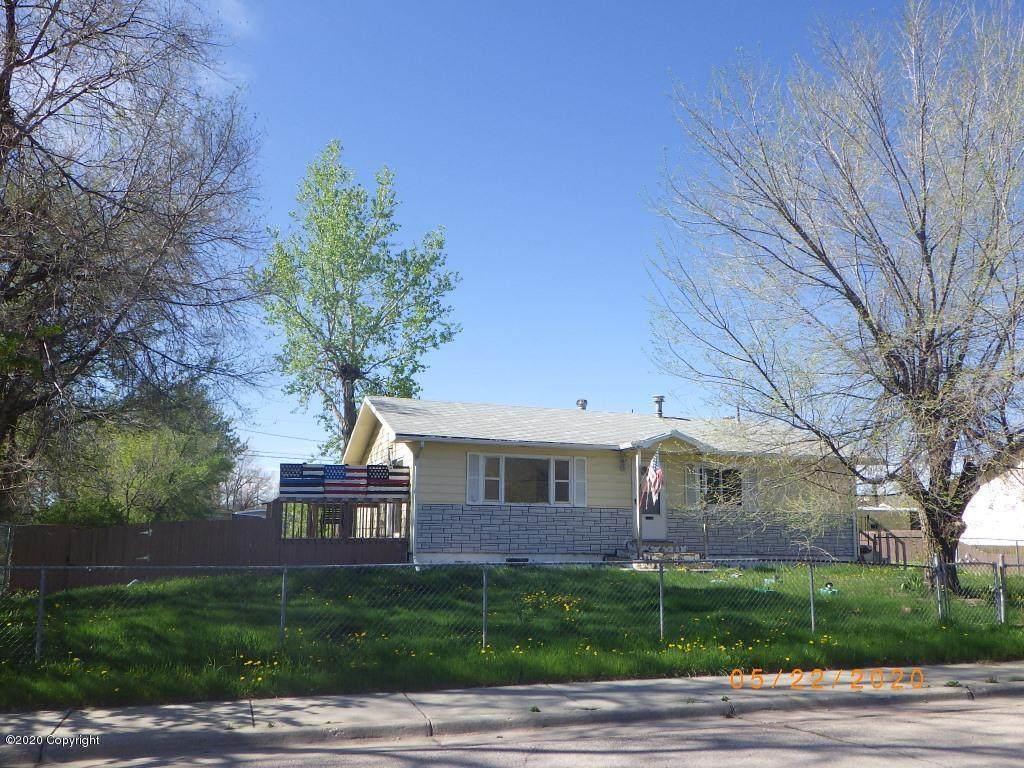 404 E Laramie St - Photo 1
