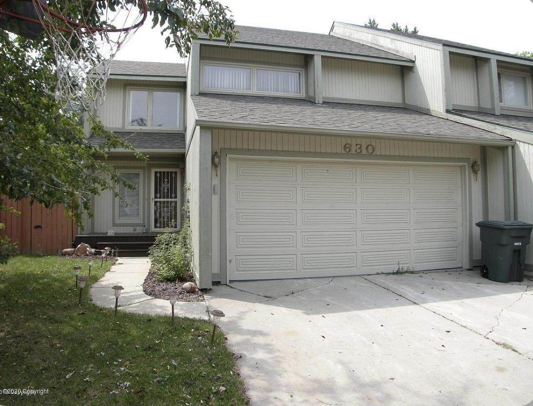 630 Overdale Dr - Photo 1