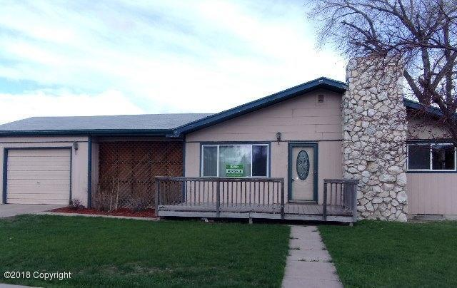 303 Brooks Ave S, Gillette, WY 82716 (MLS #17-1720) :: Team Properties