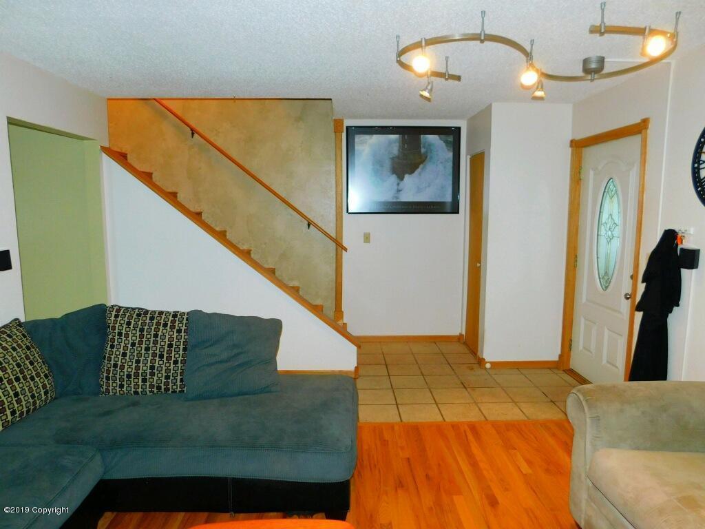 8240 Ptarmigan Ave - Photo 1