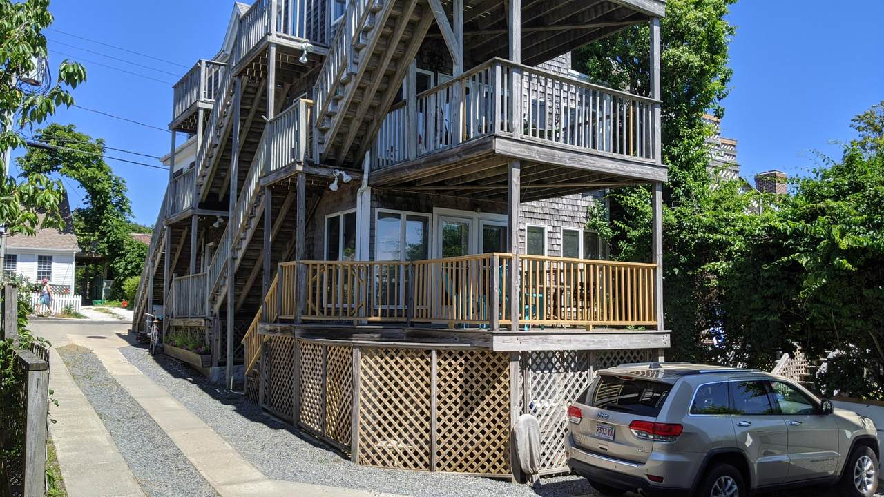 153 Commercial Street - Photo 1