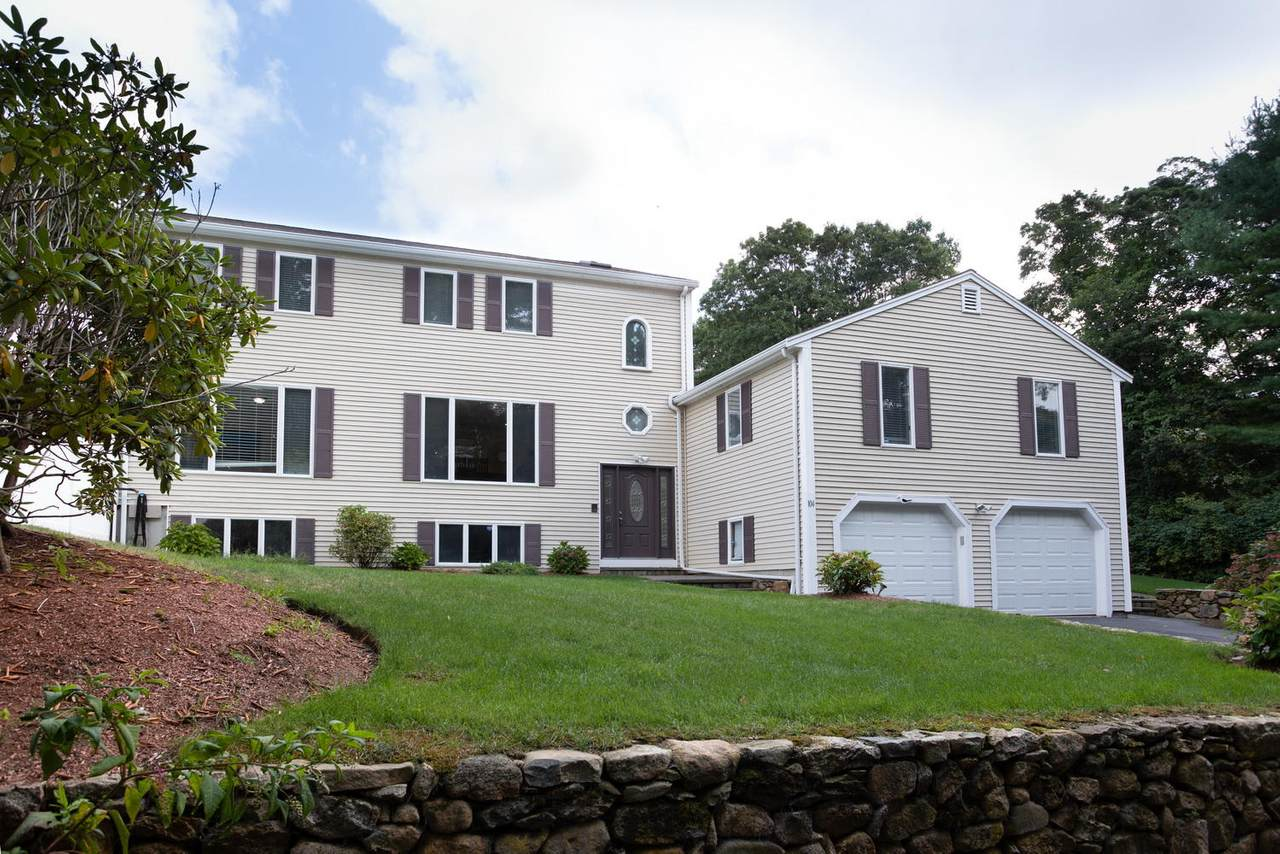 104 Goose Point Road - Photo 1