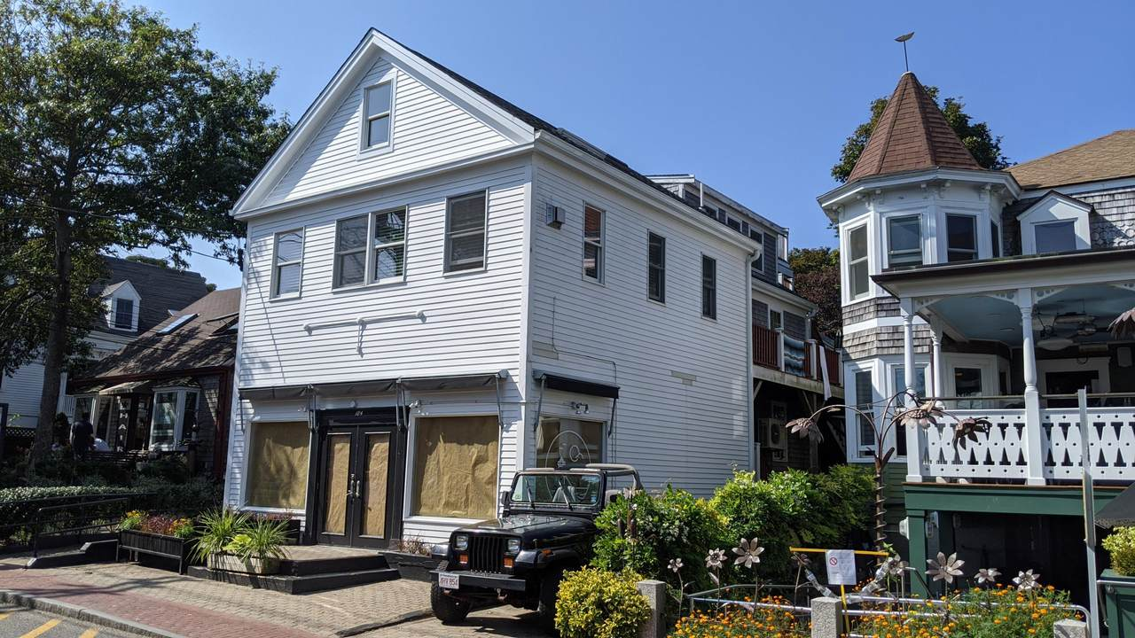 184 Commercial Street - Photo 1