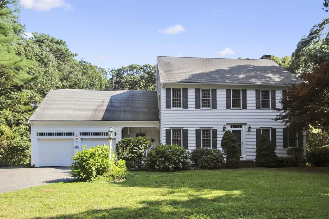 86 Great Hill Road - Photo 1