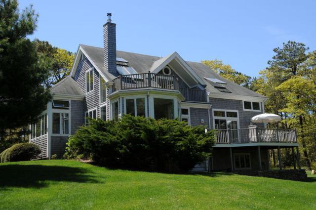 14 Uncatena Terrace, Tisbury, MA 02568 (MLS #21802549) :: Rand Atlantic, Inc.