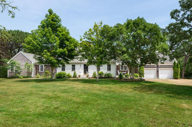 2 Bold Meadow Road, Edgartown, MA 02539 (MLS #21803252) :: Rand Atlantic, Inc.