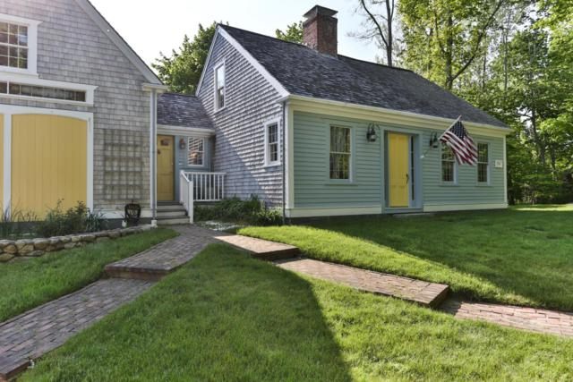20 Oyster Place Road, Cotuit, MA 02635 (MLS #21803714) :: ALANTE Real Estate