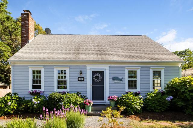21 Weather Crescent Circle, Mashpee, MA 02649 (MLS #21805404) :: ALANTE Real Estate