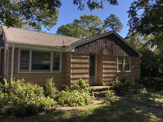 4 Crump Road, Buzzards Bay, MA 02532 (MLS #21808146) :: Rand Atlantic, Inc.