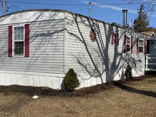 7 Fourth Street, Pocasset, MA 02559 (MLS #21901000) :: Rand Atlantic, Inc.
