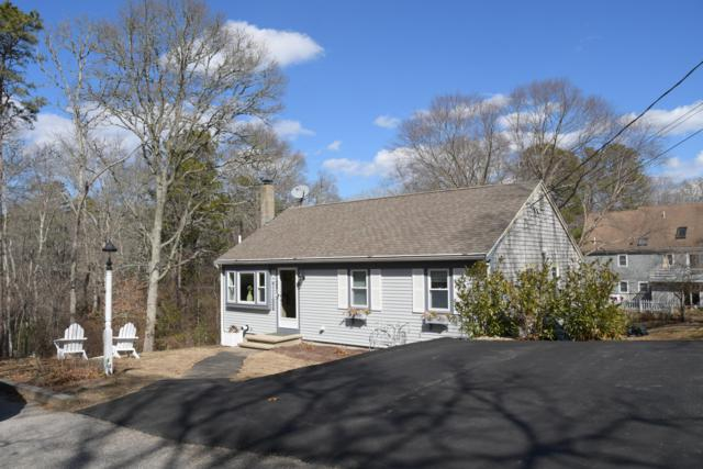 35 Mohican Avenue, Mashpee, MA 02649 (MLS #21902726) :: Bayside Realty Consultants