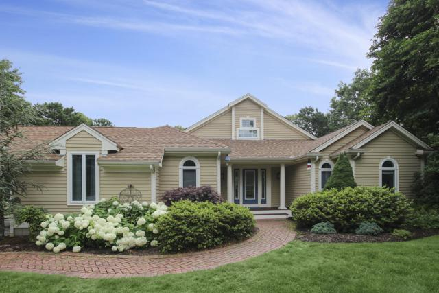 33 Longshank Circle, East Falmouth, MA 02536 (MLS #21905389) :: Kinlin Grover Real Estate