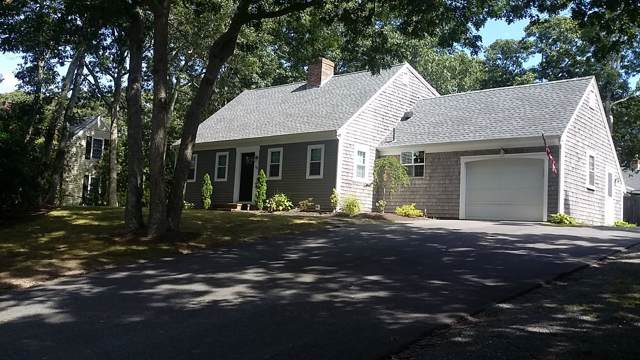 20 Trophy Lane, Yarmouth Port, MA 02675 (MLS #21906823) :: Kinlin Grover Real Estate