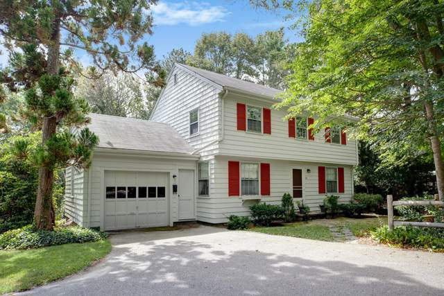 34 Woods Hole Road, Falmouth, MA 02540 (MLS #21906871) :: Kinlin Grover Real Estate