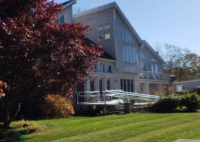 194 Robert St Street, Westport, MA 02790 (MLS #21908020) :: Kinlin Grover Real Estate