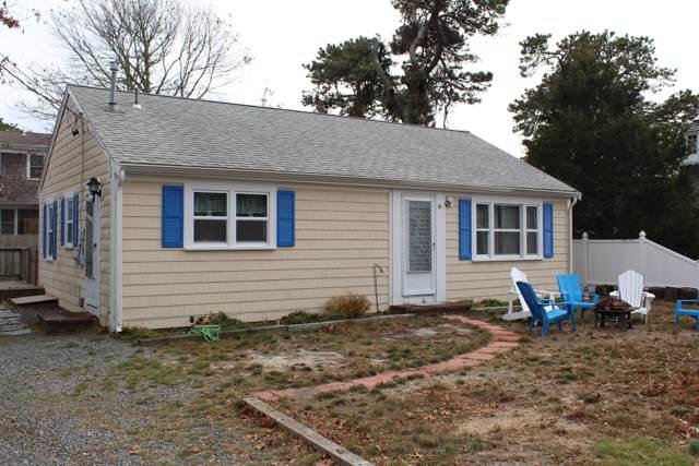 10 Uncle Rolf Road, Dennis Port, MA 02639 (MLS #21908117) :: Kinlin Grover Real Estate