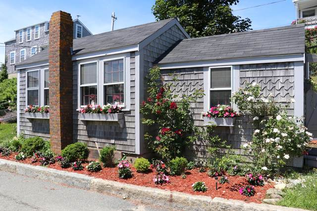 8 Bank Street, Nantucket, MA 02554 (MLS #22000816) :: EXIT Cape Realty