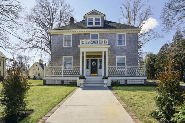 264 Court Street, Plymouth, MA 02360 (MLS #22001607) :: Kinlin Grover Real Estate
