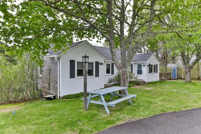 33 Sweetbriar Lane, Chatham, MA 02633 (MLS #22002911) :: Leighton Realty