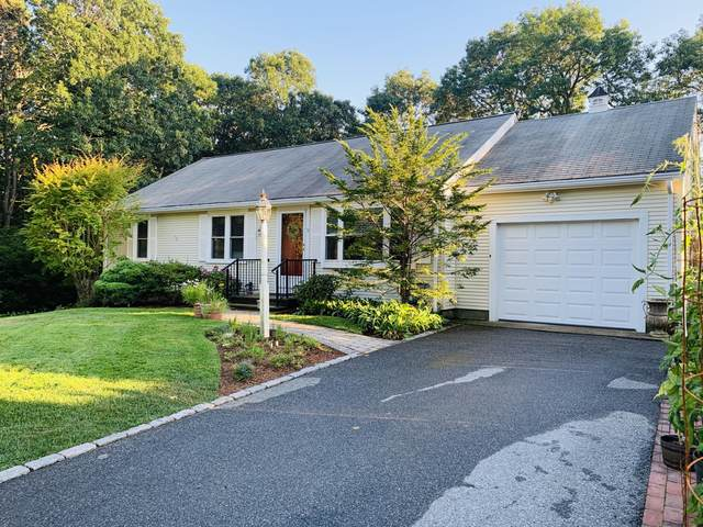 9 Calico Road, West Yarmouth, MA 02673 (MLS #22005018) :: Leighton Realty