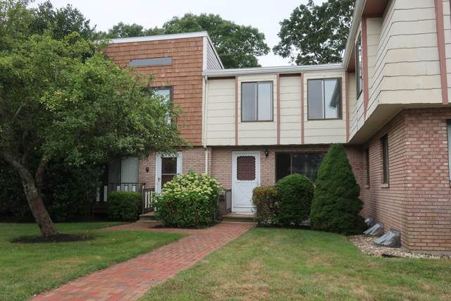 329 W Main Street #26, Hyannis, MA 02601 (MLS #22005252) :: EXIT Cape Realty