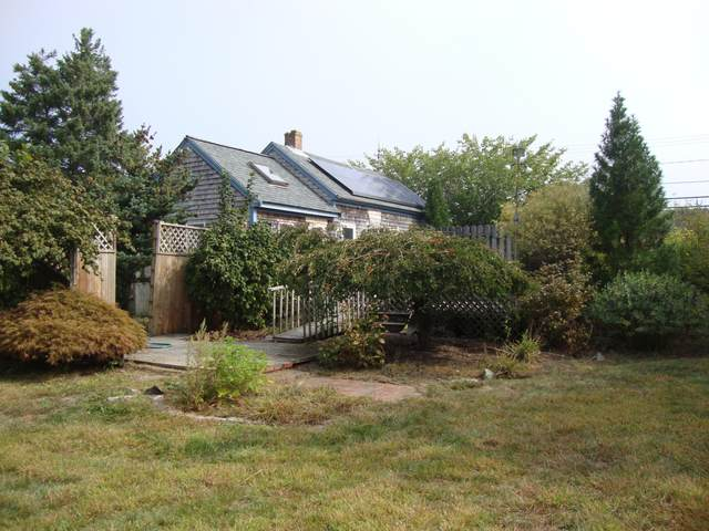 157 School Street, West Dennis, MA 02670 (MLS #22006491) :: Leighton Realty