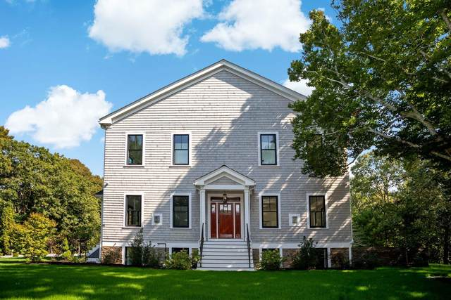 41 Weaver Road, Centerville, MA 02632 (MLS #22006520) :: Leighton Realty