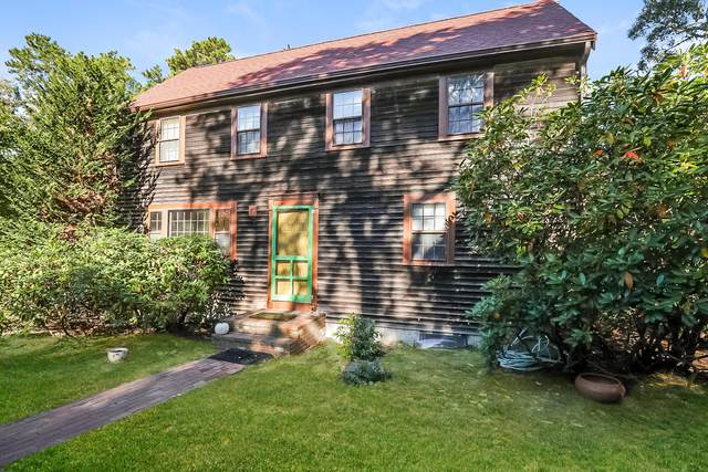 2 Parsons Path, Harwich, MA 02645 (MLS #22007087) :: Leighton Realty