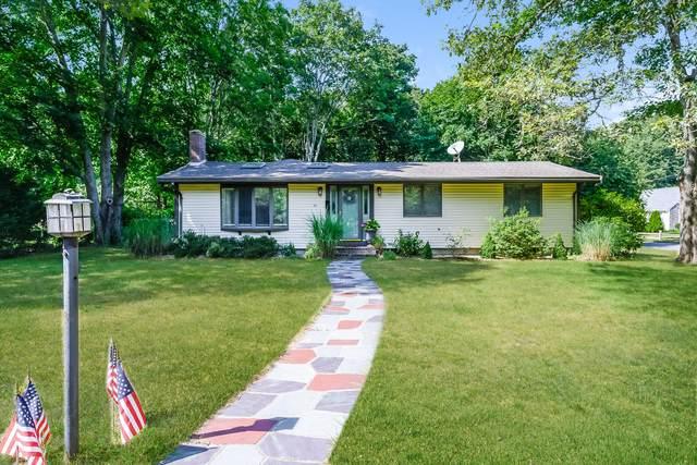 54 Pine Tree Drive, Centerville, MA 02632 (MLS #22007218) :: Rand Atlantic, Inc.