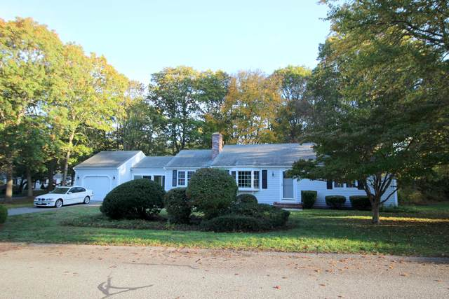 26 Henry F Loring Road, Centerville, MA 02632 (MLS #22007270) :: Leighton Realty