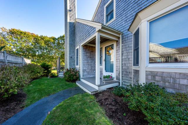 25 Blueberry Path, Yarmouth Port, MA 02675 (MLS #22007588) :: Leighton Realty