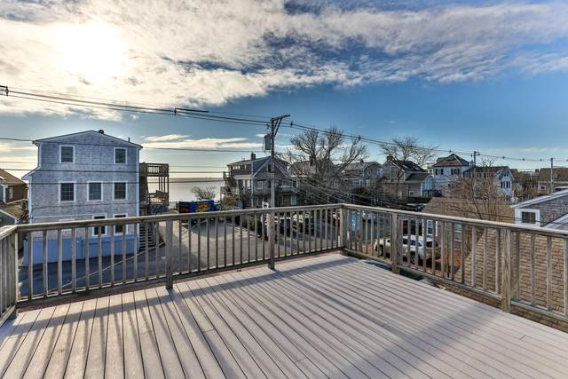 538 Commercial Street U4, Provincetown, MA 02657 (MLS #22100113) :: Leighton Realty