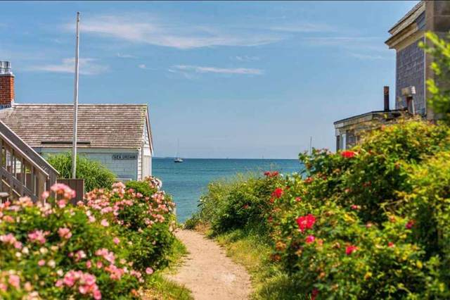 521 Commercial Street #4, Provincetown, MA 02657 (MLS #22100198) :: Cape Cod and Islands Beach Properties