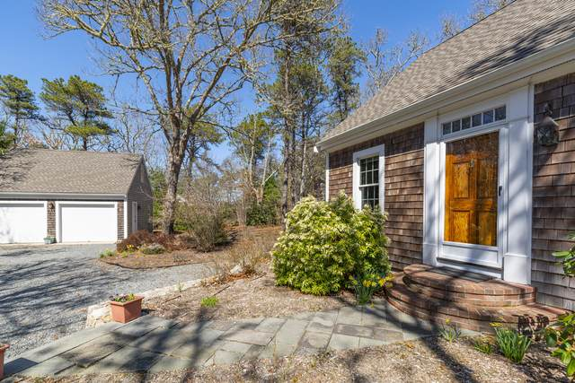 138 Namequoit Road, Orleans, MA 02653 (MLS #22101743) :: Leighton Realty