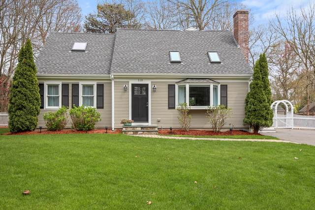 110 Zeno Crocker Road, Centerville, MA 02632 (MLS #22102485) :: Leighton Realty