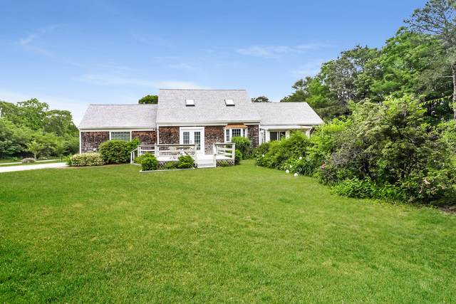 18 Red Brook Road, East Falmouth, MA 02536 (MLS #22103463) :: Cape Cod and Islands Beach Properties