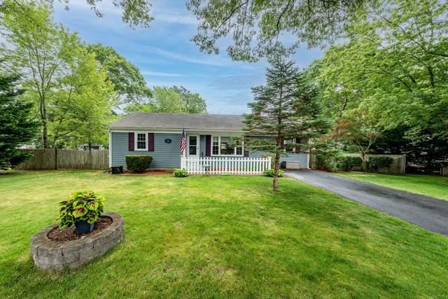 34 Hialeah Avenue, West Yarmouth, MA 02673 (MLS #22103646) :: Kinlin Grover Real Estate